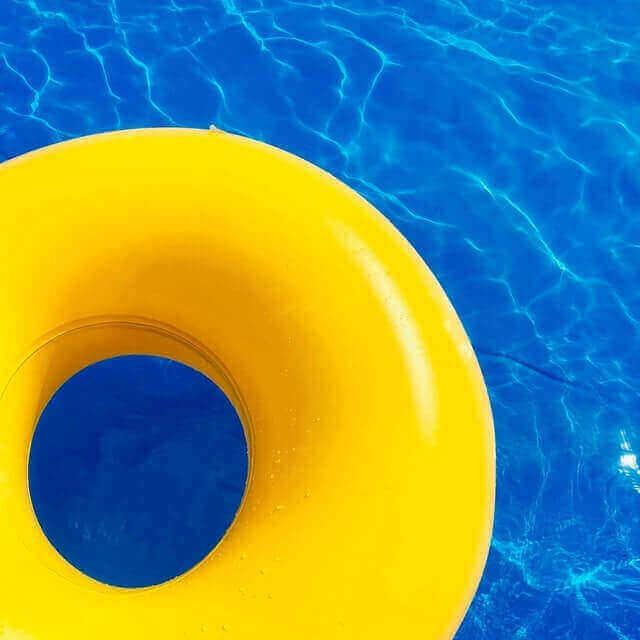 Se détendre dans sa piscine hors-sol tubulaire