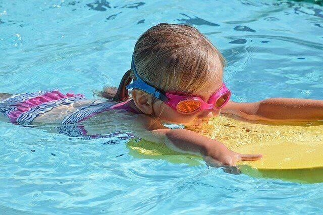 Est-il possible d'acheter une piscine tubulaire semi-enterrée ?